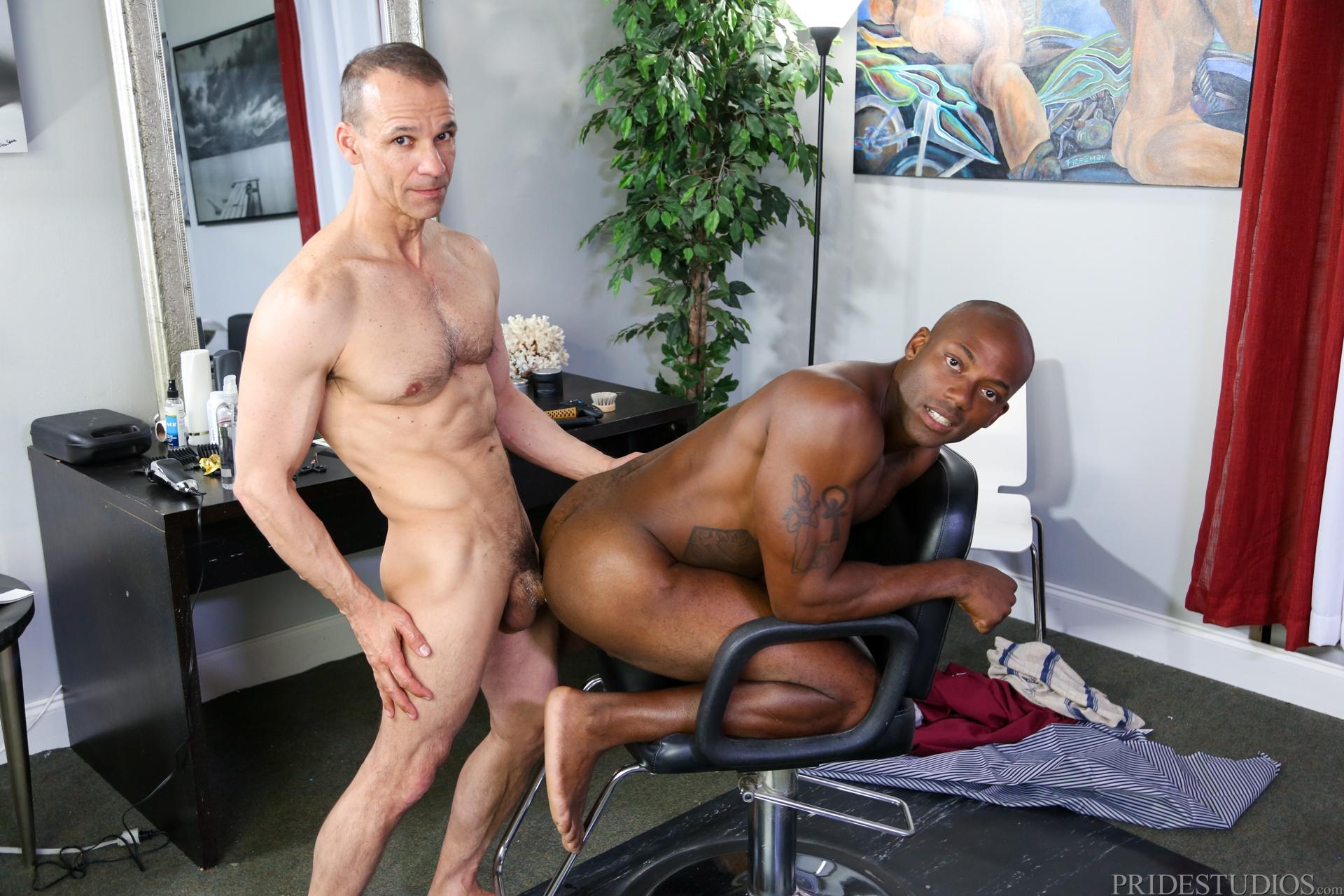 Секс в парихмахерской, Секс с парикмахершей в салоне красоты - порно видео 5 фотография